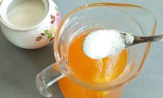 добавление сахара в компот
